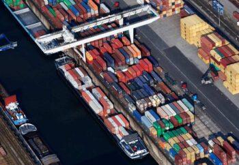 puerto fluvial de Duisburgo